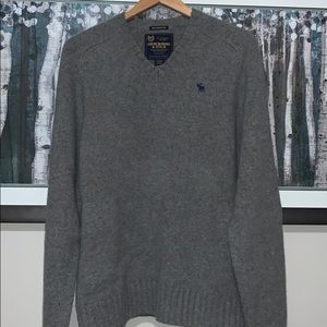 Abercrombie & Fitch wool/cashmere sweater
